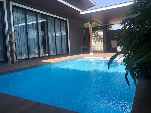Nok Private Pool Villa Cha am