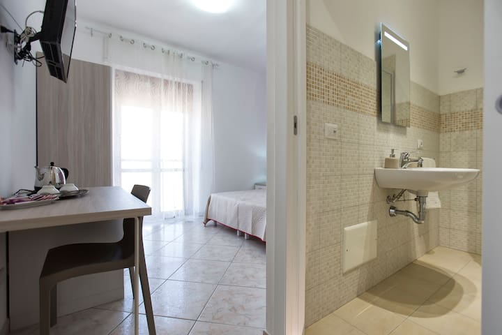Elegant Suite with private bathroom