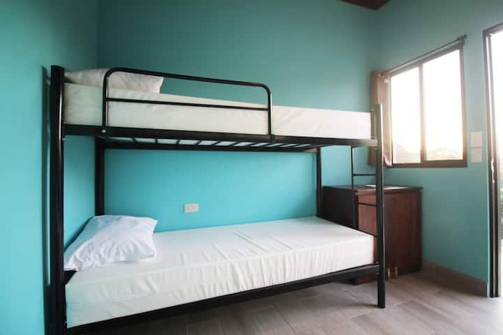 Téva Eco Retreat - Shared Quad Bed