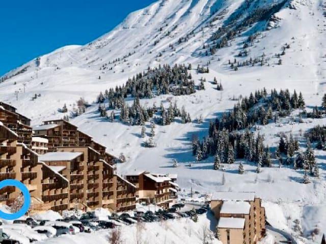 Auris/Alpe d'Huez, 5pers, 5min à pied des pistes.