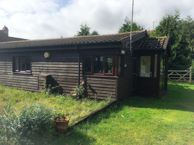 2 Bed Barn Conversation in 4 acres - Kenninghall - Hus