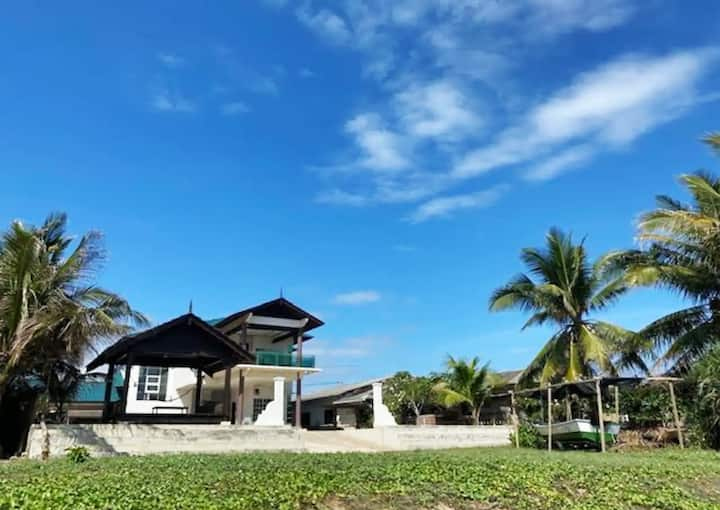 Grande Beach Villa Gathering/BBQ/Garden@Terengganu