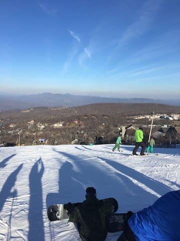 Beech/Sugar Mountain SKI resorts! Feb 24 opened!