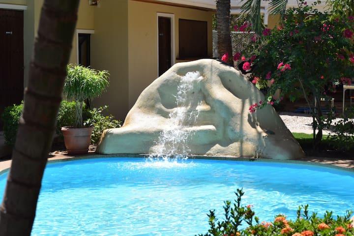 Avellanas Suite at Mediterraneo de Avellanas B&B