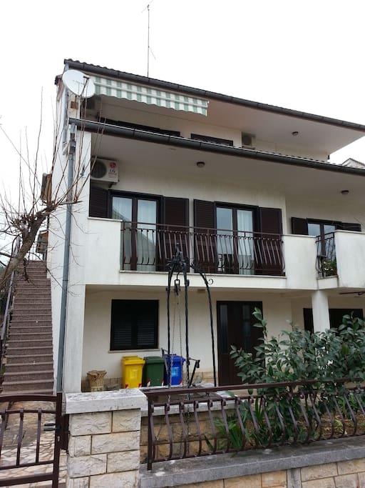 La casa con l'appartamento