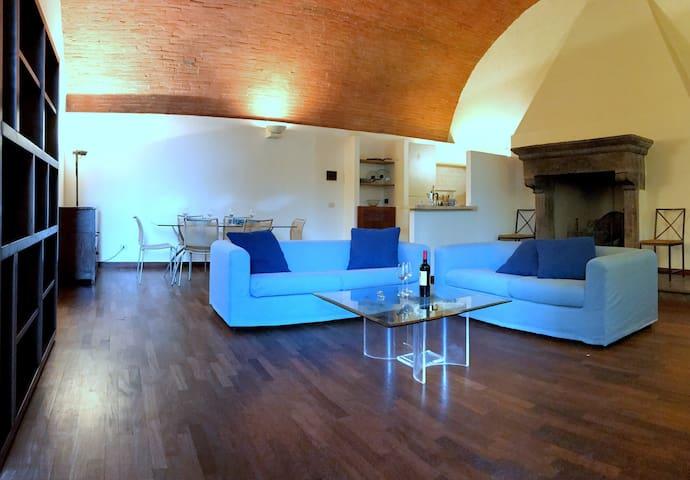 APARTMENT IN VILLA IL SERRAGLIO - Bolgione - Apartamento