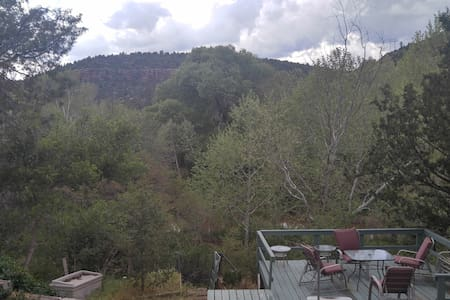 Trails End Riverfront Retreat - Payson - Haus
