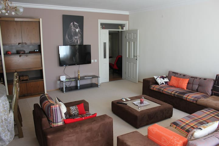Comfortable Flat near Lara Beach