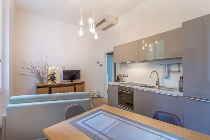 NEW!Udine Central and Stylish Apartment x2