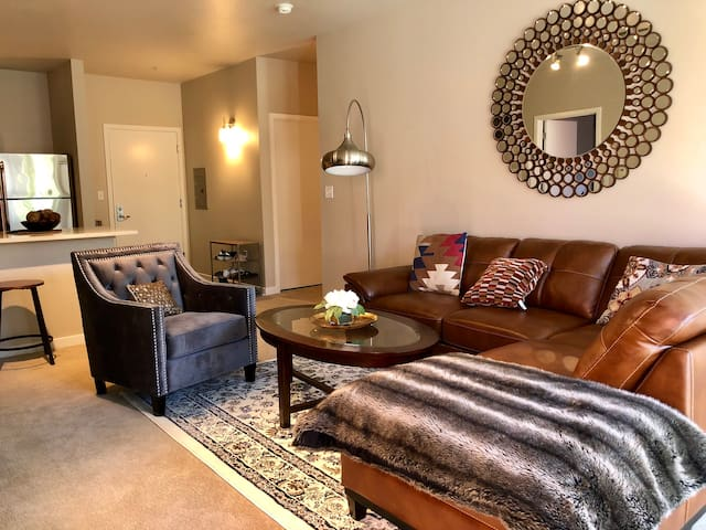 Beautiful 2Bdr apartment in the Pearl District!