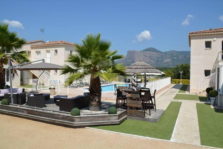 Dicieppo T2 - Cuttoli-Corticchiato - Apartamento com serviços incluídos