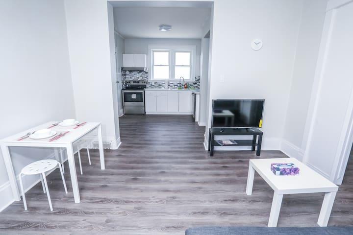 Cozy 1-bedroom apt in Kitchener 86 B