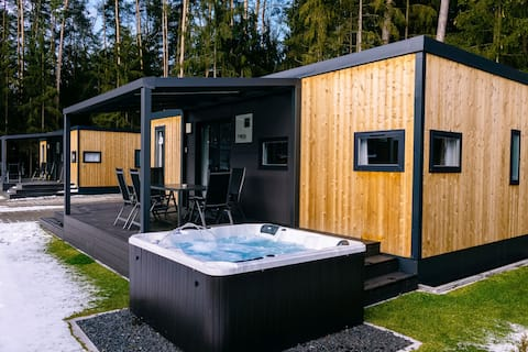 Comfy mobile home with whirlpool (WA102)