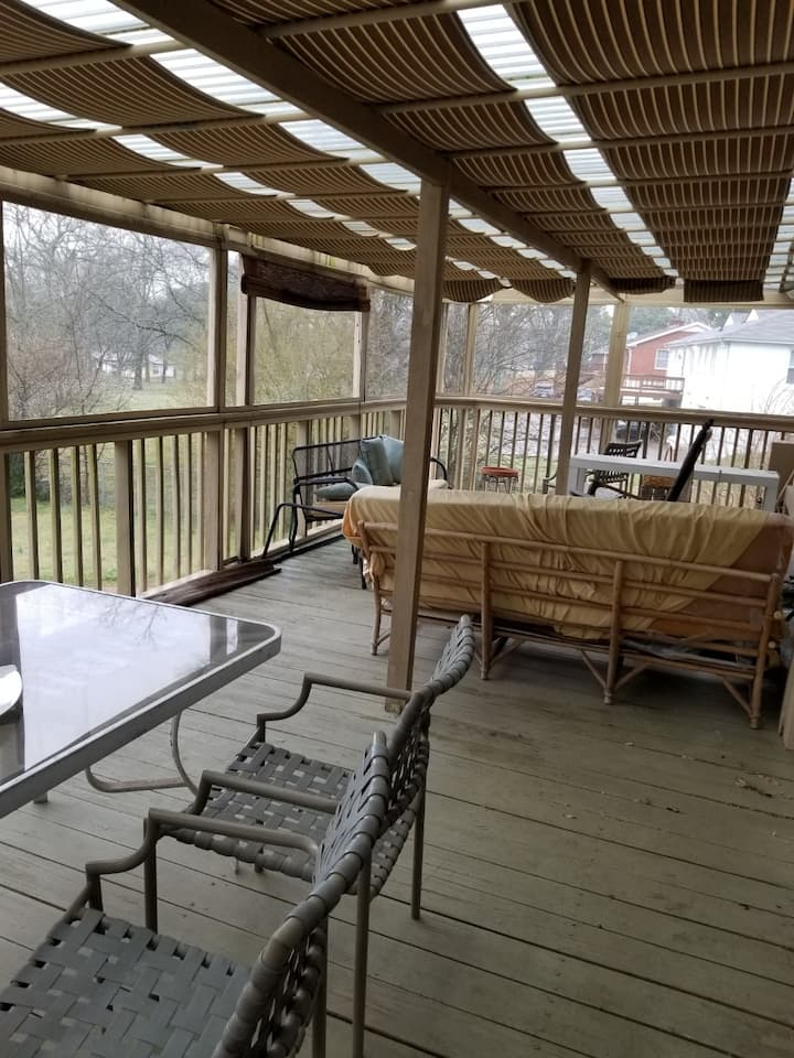 Well Appointed Comfortable Home in West Nashville