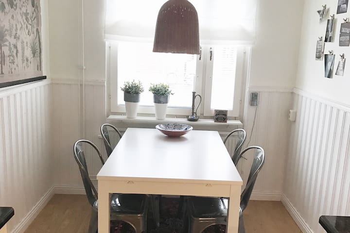 Lägenhet, 2:a på 65 kvm - Luleå - Appartement