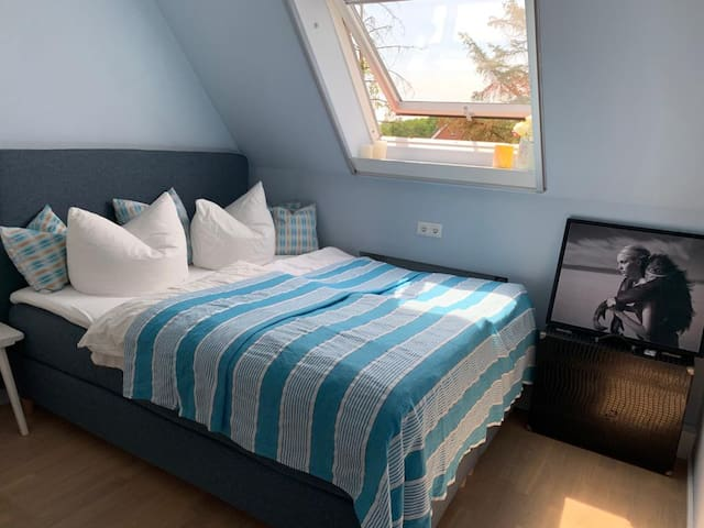 Schlafzimmer mit Boxspringbett 160 x 200