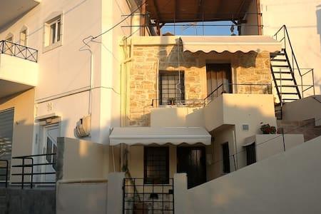 VINTAGE HOUSE STUDIOS PITSIDIA 1 - Pitsidia