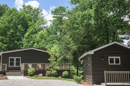 3 Bedroom Hillside Cottage & Studio - Andrews - Hus