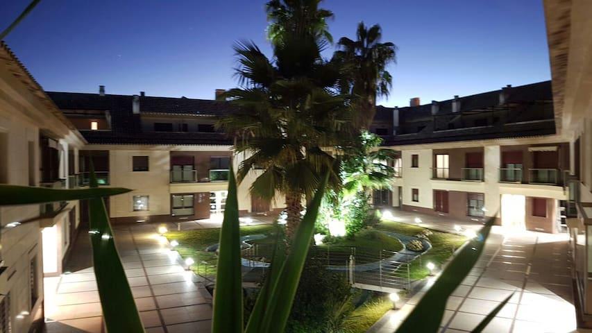 Un amplio hogar de lujo para disfrutar. - Badajoz - Casa
