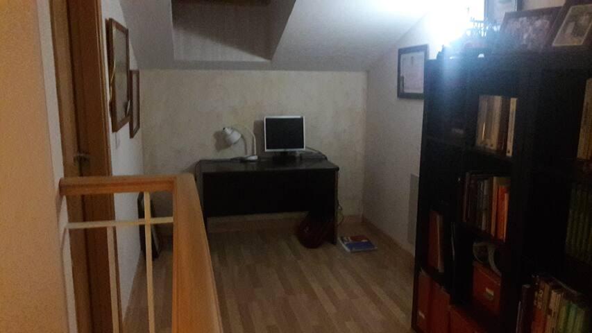 Habitacion grande para estudiante - Puçol - Rekkehus