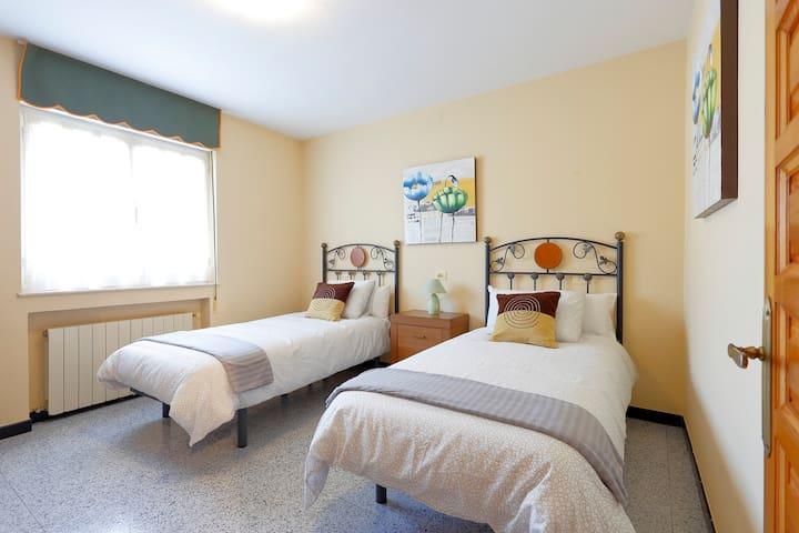 Segunda habitación con dos camas individuales