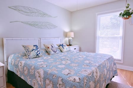 Drifting to Driftwood ~ Cute Condo On Golf Course
