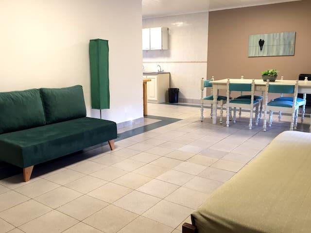 Apartamento 1 dormitorio/Casa-PB
