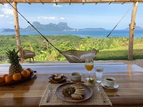 The View : A Perfectly Distanced Retreat incl Chef