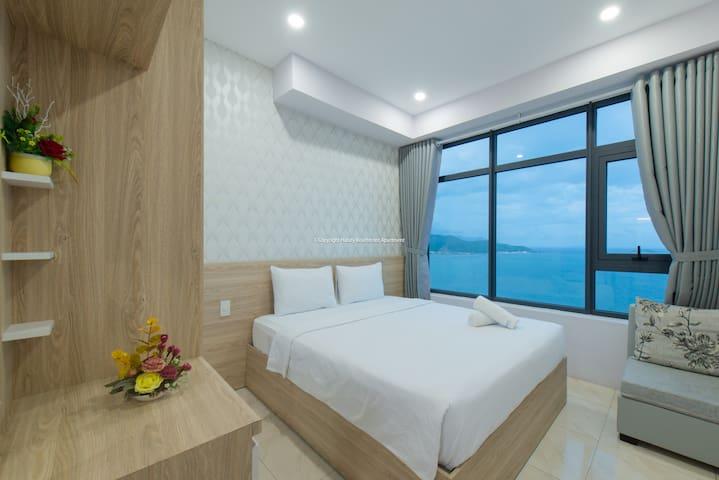 OCEAN VIEW apartment+BALCONY by handybeach