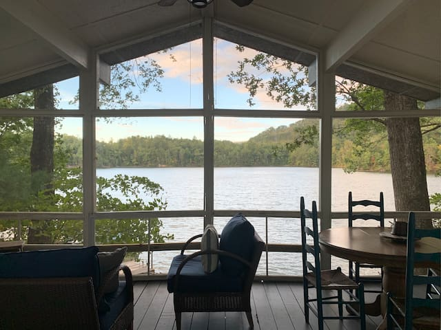 Vintage Lakefront Cabin with Kayaks, Canoe, SUP