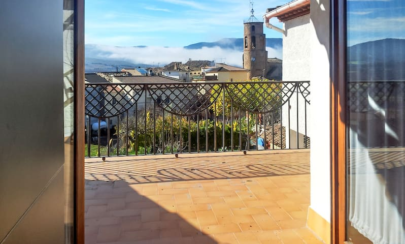 Modern apartment w/ WiFi & terrace - Torres del Obispo - Apartament