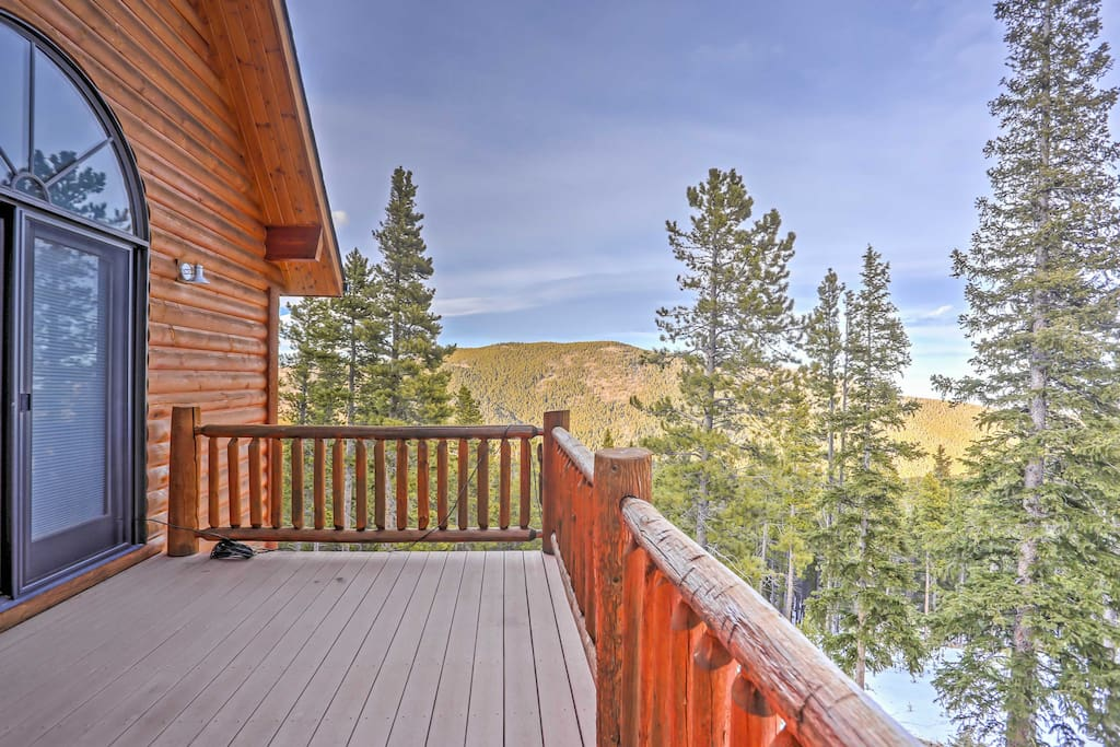 Enjoy stunning mountain views, 13 different trail heads, and a boutique ski resort while staying at this fabulous home.