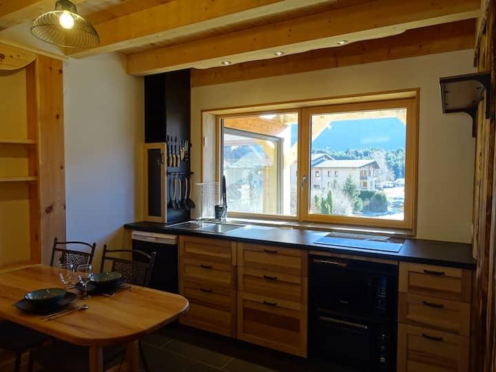 Studio montagnard neuf avec terrasse