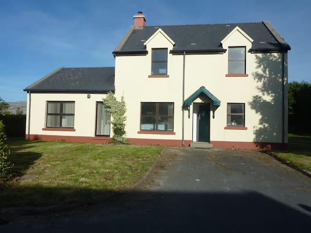 Ballyvaughan Cottage