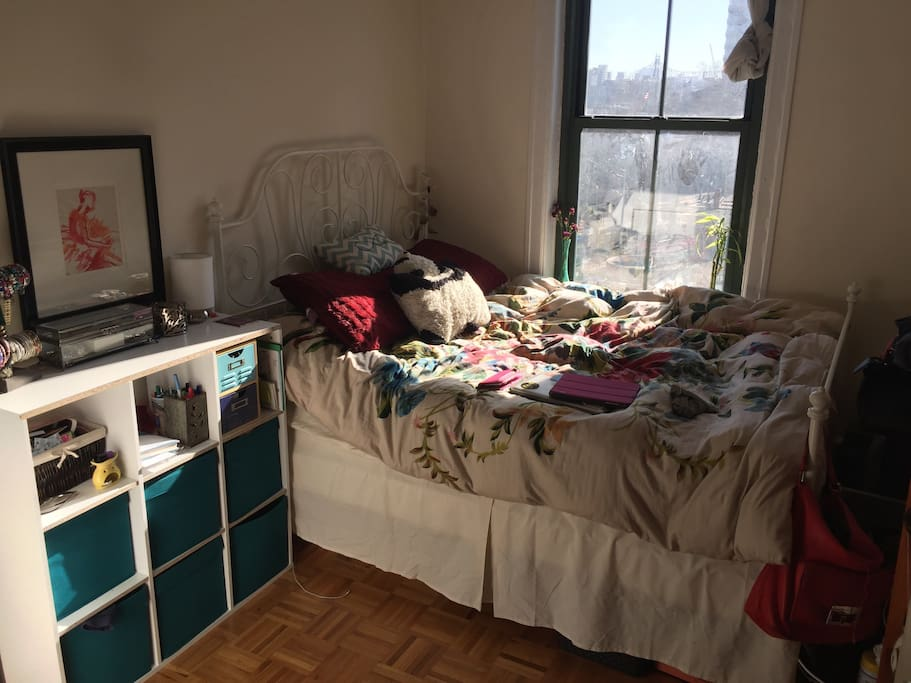 Room is medium-sized and bed is very comfortable. A lot of the trinkets and storage space will be cleared for you.