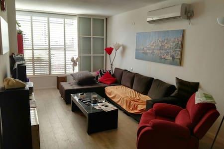 Lovely place in Rishon Lezion - ראשון לציון