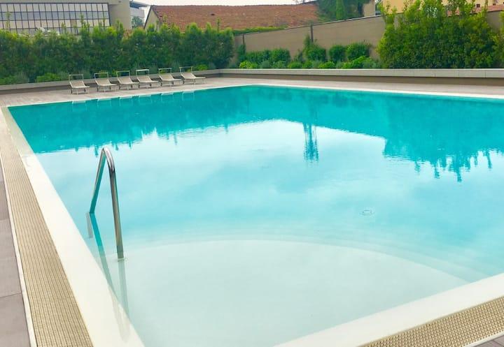 #Apt4People#Style#Pool#Spa#MetroDergano#Cool&Safe