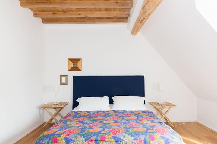 Chambre avec un lit de 160