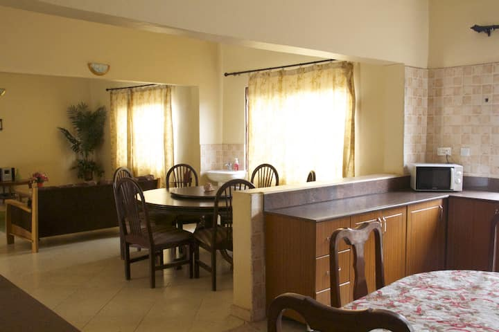 Furnished 3 bedroom with Parking Dstv & Wi-if.