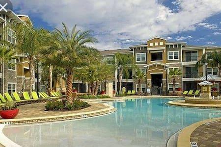 Upscale Five Star Resort Style Apartment - Orlando
