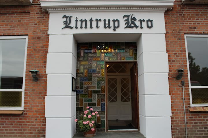 Lintrup kro - Bed and breakfast