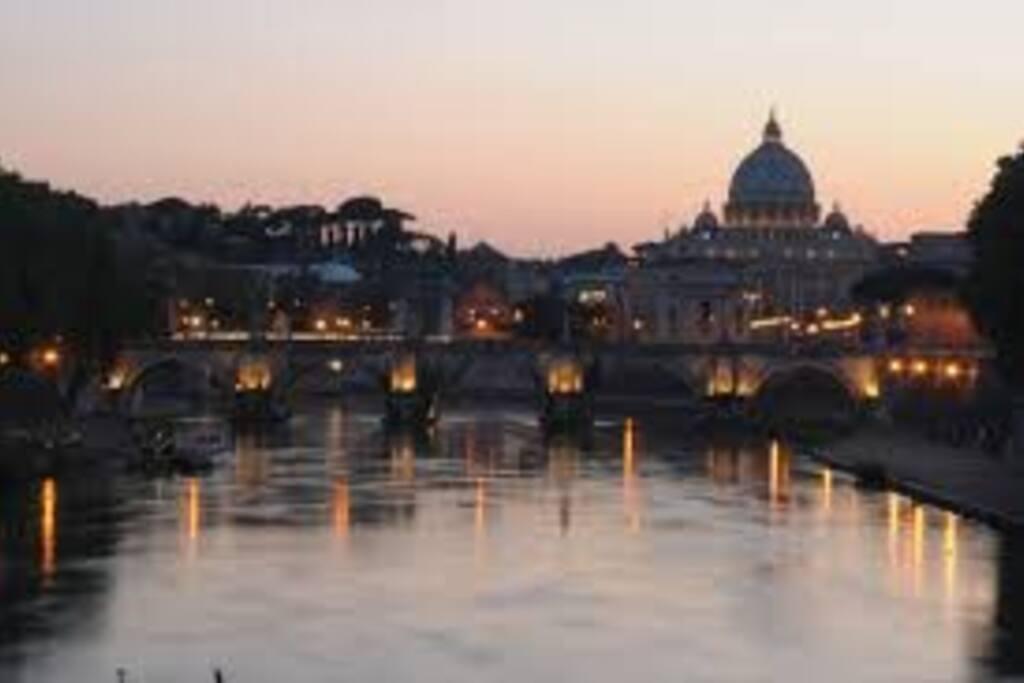 Veduta di Roma dal Tevere