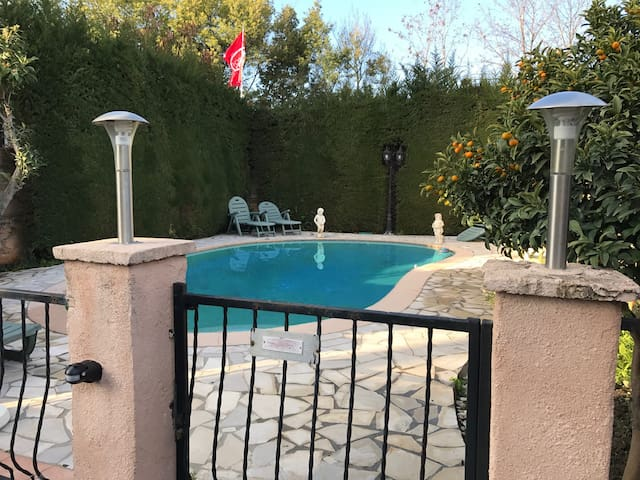 Rez-de-Jardin Villa (3 pièces) - Cagnes-sur-Mer
