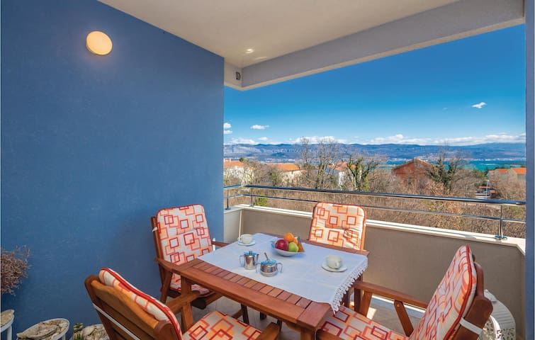 Holiday apartment with 1 bedroom on 45 m² in Cizici