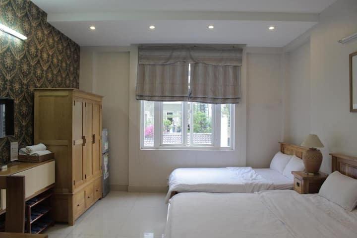 Phòng 2 giường 4 khách