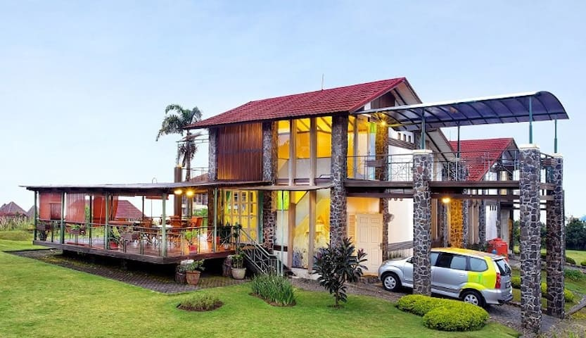 De Villa IV Lembang - Parongpong - Villa