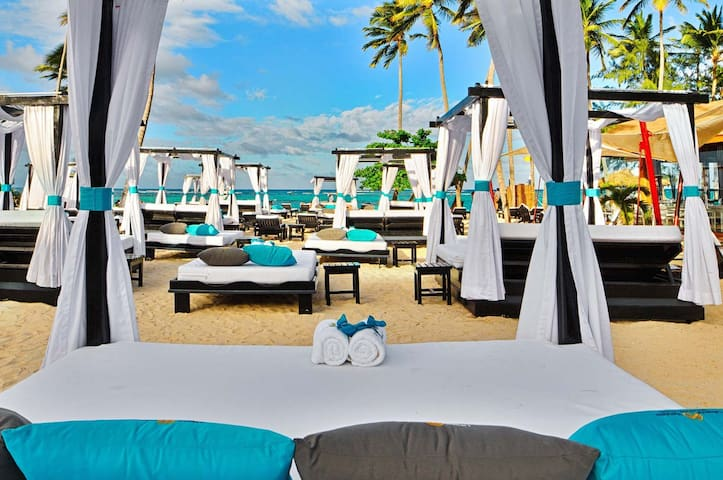VIP All-Inclusive Beach Resort with Ocean Views
