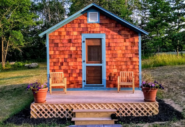 Enchanting Cedar-Shingled Tiny House, Bluebird