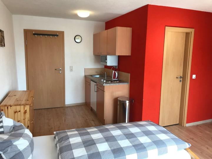 Privatzimmer # 6  mit Duschbad Nähe Hbf Saarlouis