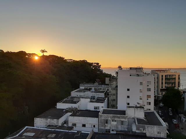 Apartamento com bela vista na Barra!